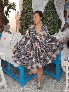 Audrey Mokrani créatrice de la marque de bijoux et accessoires  ethnique Atelier de Moka