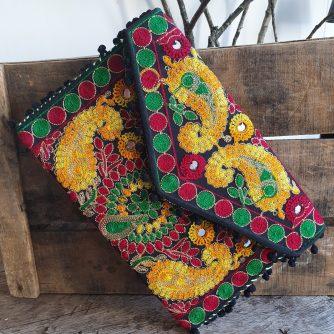 Accessoire Pochette colorée style INDIEN avec pompon