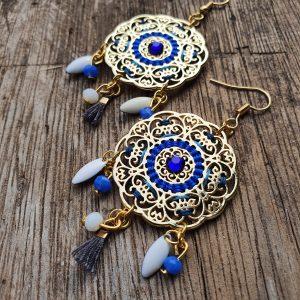 Collection LILA - Boucles d 'oreilles LILA - BLEU ELECTRIK/BLANC- bohème dans un style indian coloré- l'atelier de moka